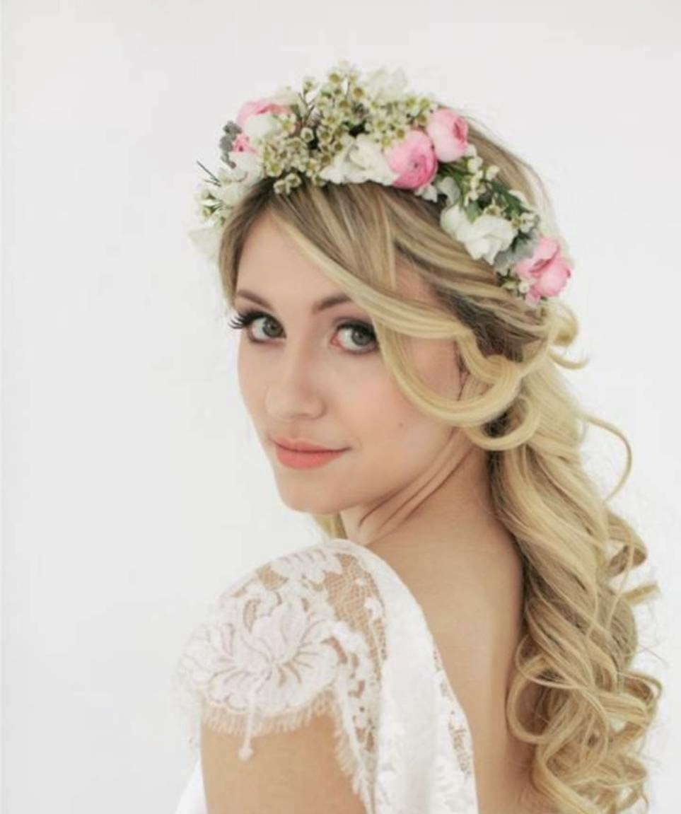 Wedding Hairstyles For Long Hair With Accessories Flowers