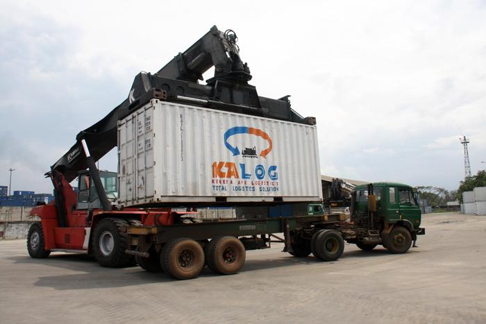 jasa towing Manado - Jakarta