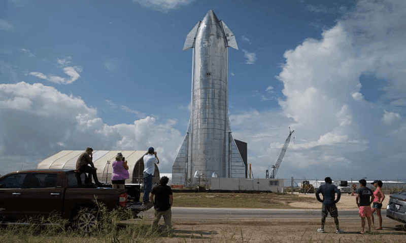 Elon Musk's SpaceX Starship can carry passengers anywhere in the solar system!