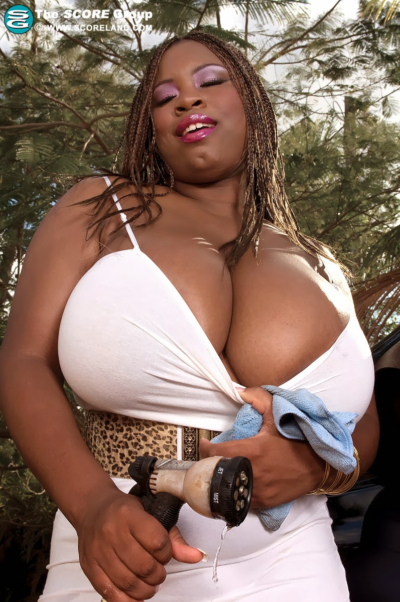 Sexy Woman Fat Boob 4