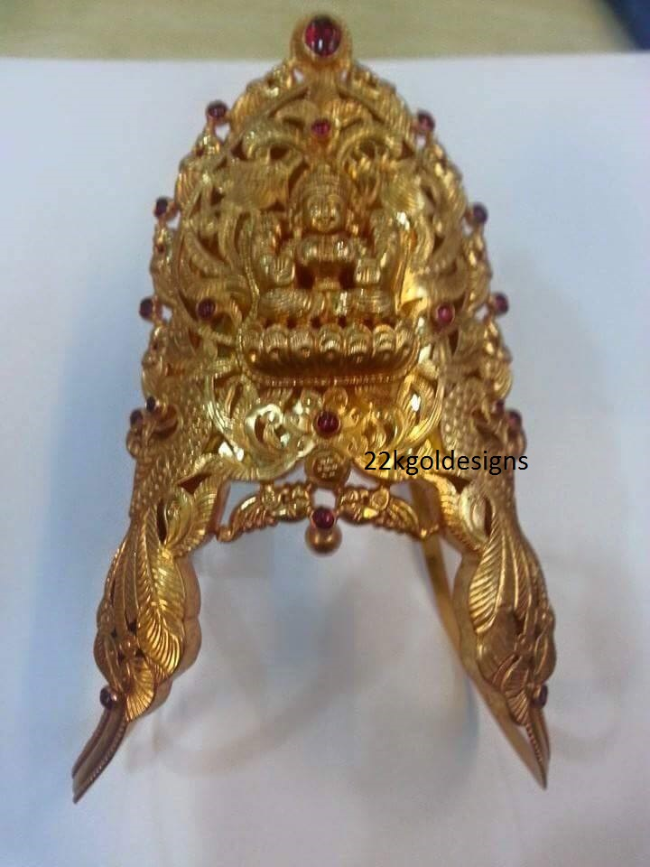 Traditional Lakshmi Aravanki design