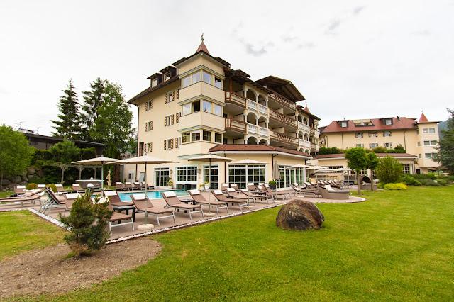 Hotel Das Majestic-Esterno, giardino e piscina