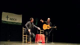El Sevillano durante la actuación