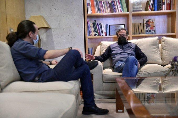 Donar parte de sus excedentes en vacunas: Petro le propuso al Gobierno español
