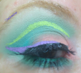 eye_makeup_look_grass_green_peach
