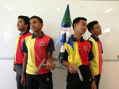 Bina Pelancar Roket Dengan Kos Tak Sampai RM15!