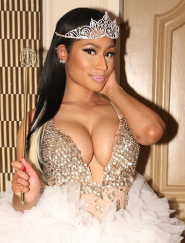 Check out Nicki Minaj's hot Halloween costume, dresses as a fairy princess