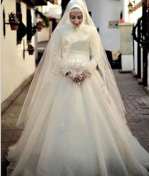 Model Gaun Pengantin Muslim Warna Putih Terbaru