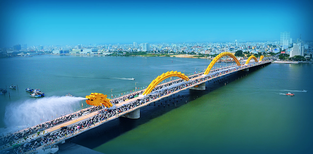 Marriott Đà Nẵng có vị trí gần cầu Sông Hàn