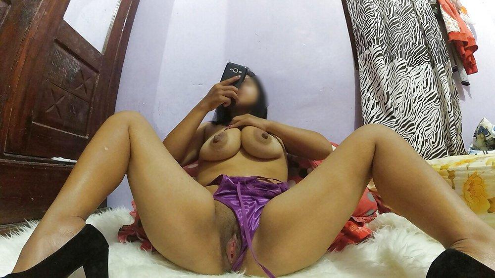 telanjang bugil cewek jilbab