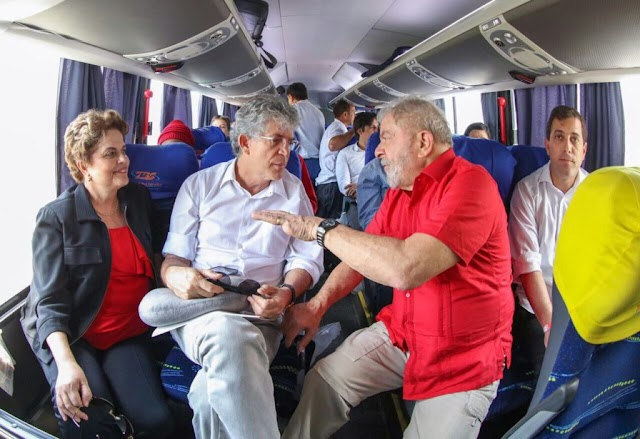 """Em vídeo com Ricardo, Lula diz que estará """"sempre à disposição do Nordeste e da Paraíba"""""""