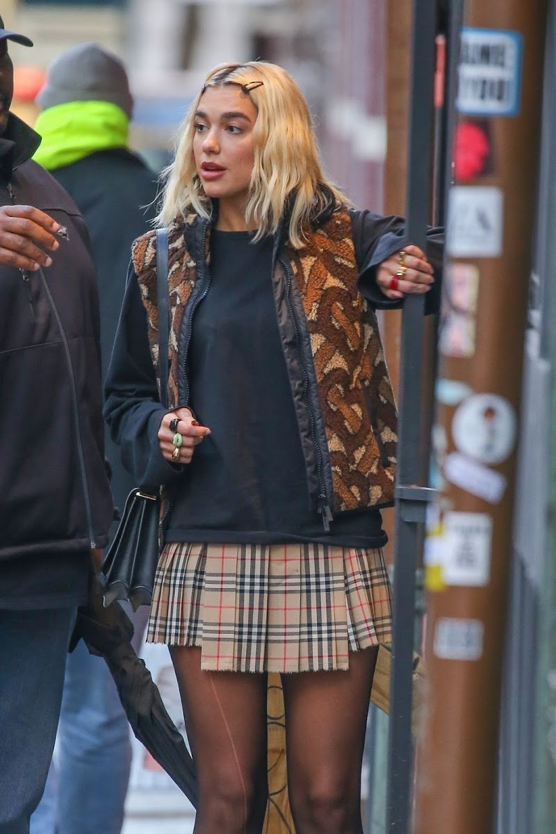 Dua Lipa Clicked in a Burberry Mini Skirt and Versace Shoes Out in New York 16 Jan-2020