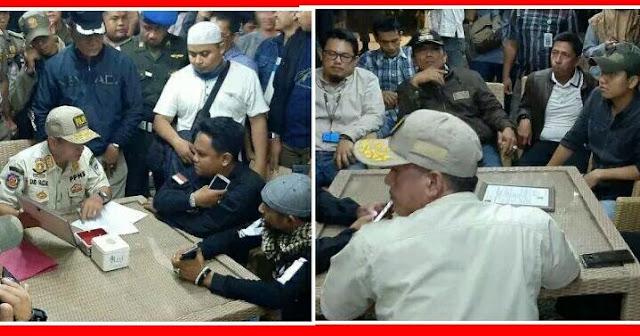 Dibantu Satpol PP,  FPI Razia Fellas Cafe Di Jambi,  Ketegangan Pun Sempat Terjadi