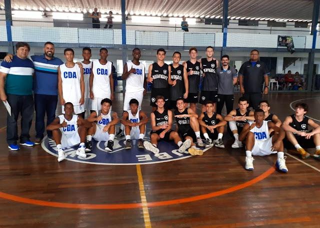 CDA x Botafogo em jogo de base do basquete do Rio de Janeiro