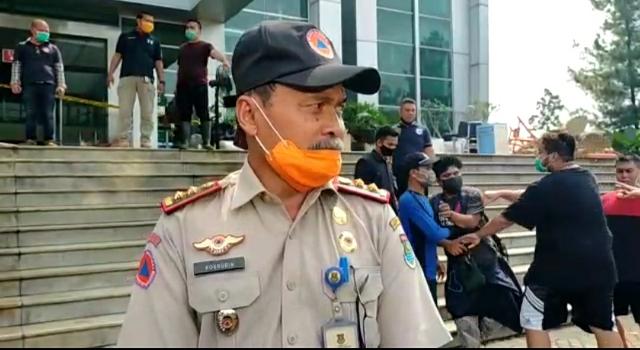 Ketua SMSI Kota Tangerang Minta Usut Kekerasan Wartawan Di Serpong  >> https://www.onlinepantura.com/2020/04/ketua-smsi-kota-tangerang-minta-usut.html