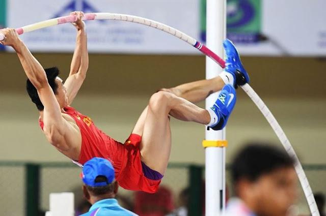 Macam Olahraga Atletik Lompat Galah