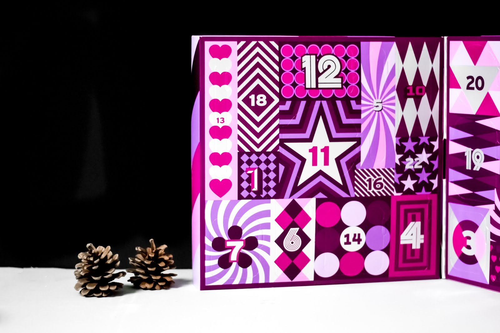 The body shop, advent calendar, 2017, adventskalender, kerstcollectie, frosted berries, frosted plum, vanilla chai, beauty gifts, christmas, body shimmer