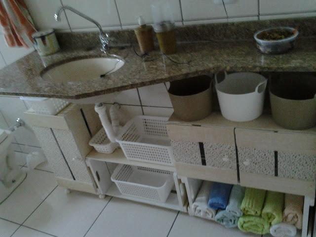 Resultado de imagem para moveis de caixote para banheiro