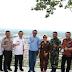 Kunker Gubernur Sul-Sel Dijamu Hingga Ke Puncak Bukit Sulap