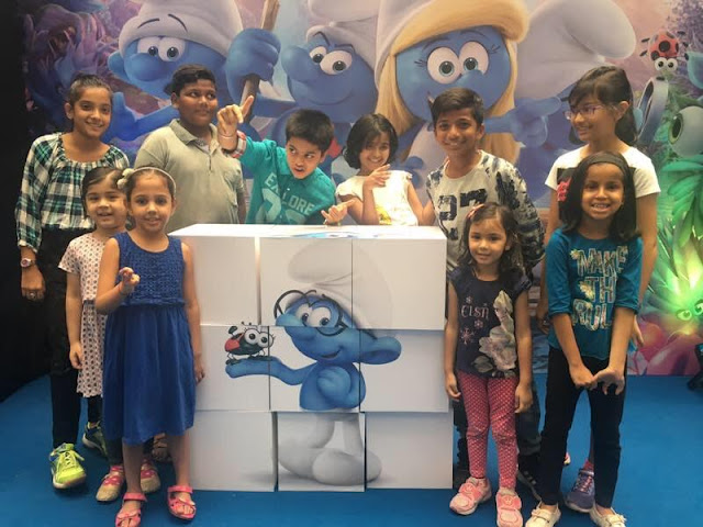 Kids enjoying meet and greet with Smurfs at Oberoi mall