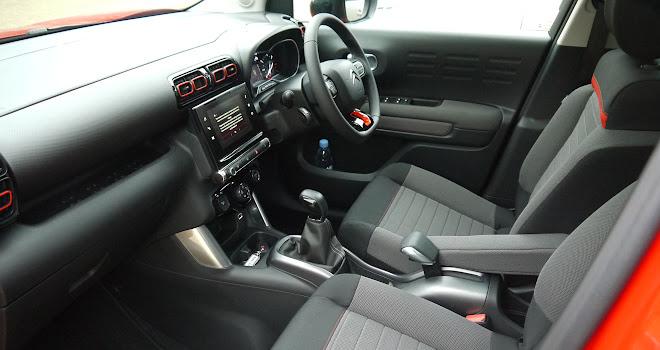 Citroen C3 Aircross front interior