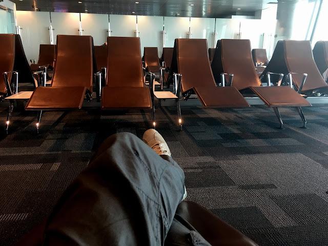 tumbonas aeropuerto doha