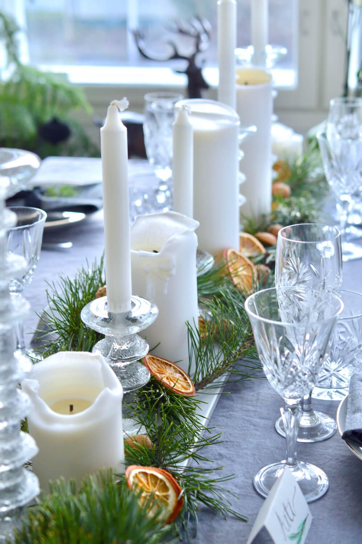 havut-appelsiiniviipaleet-kynttilät-joulukattaus