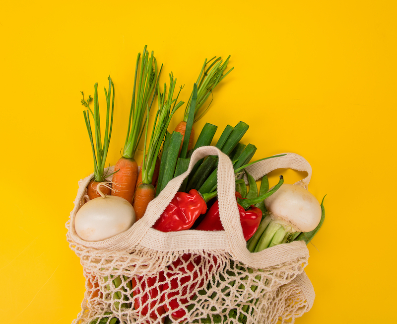 Bolsas de la compra reutilizables de tela o rejilla
