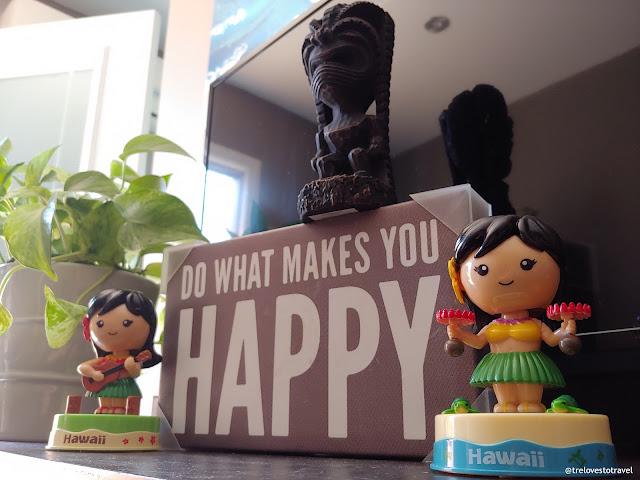 Dashboard Hula Girl Hawaii Souvenirs