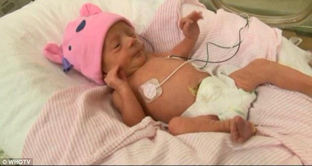 37-летняя женщина родила ребенка в ванной, не зная, что беременна