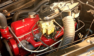 1941 Buick Super 51C Convertible Engine 02