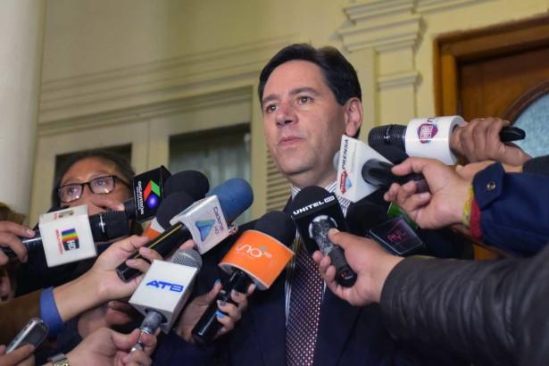 Salvador Romero en rueda de prensa en la sede del TSE / FUENTE DIRECTA