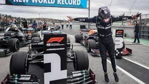 El piloto británico Lewis Hamilton, logró este domingo la victoria en el Gran Premio de Portugal