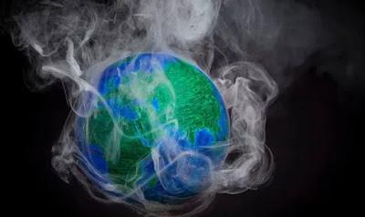 """Fine del mondo: il conferenziere del cambiamento climatico Andrew King ha detto che i risultati sono """"plausibili"""""""