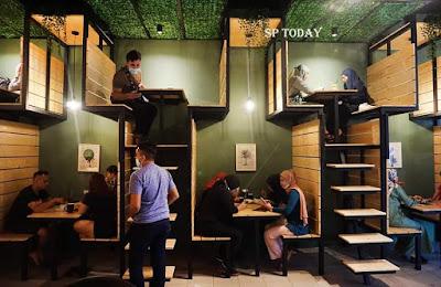 בית קפה קומותיים מלזיה