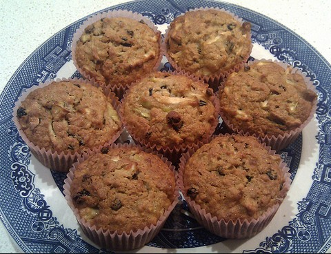 Apple and Zante currant muffins