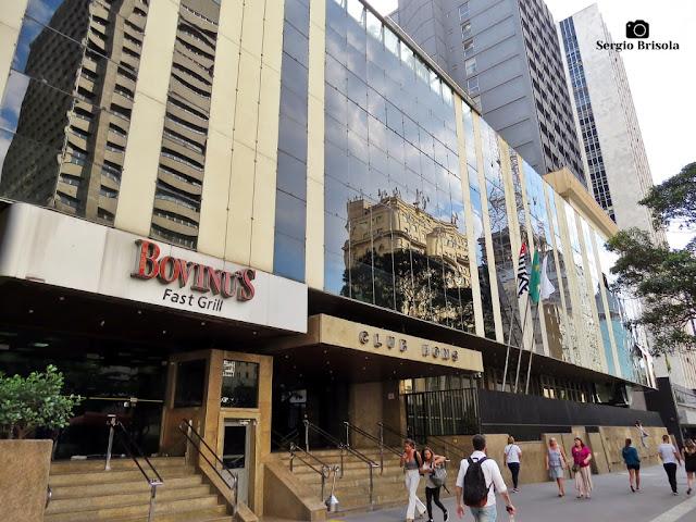 Vista ampla da fachada do tradicional Club Homs - Avenida Paulista - Bela Vista - São Paulo