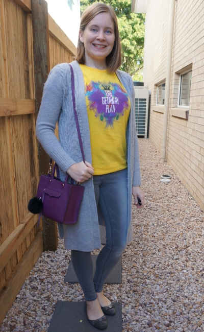 colourful band tee duster and skinny jeans outfit with purple bag | away from blue