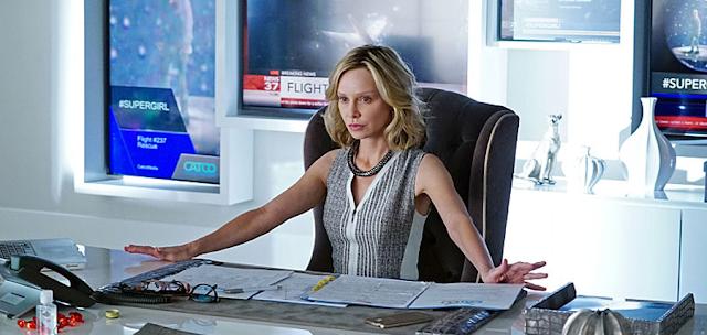 Calista Flockhart în rolul mogulului media Cat Grant