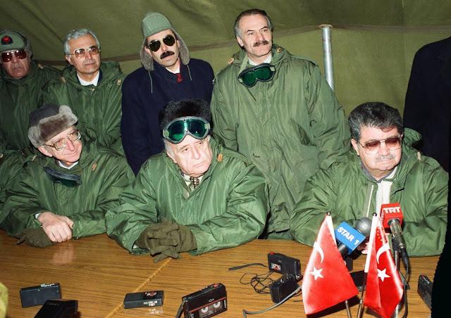 Kars'tan Soğuk Siyaset: 49. Hükumet Birlikte