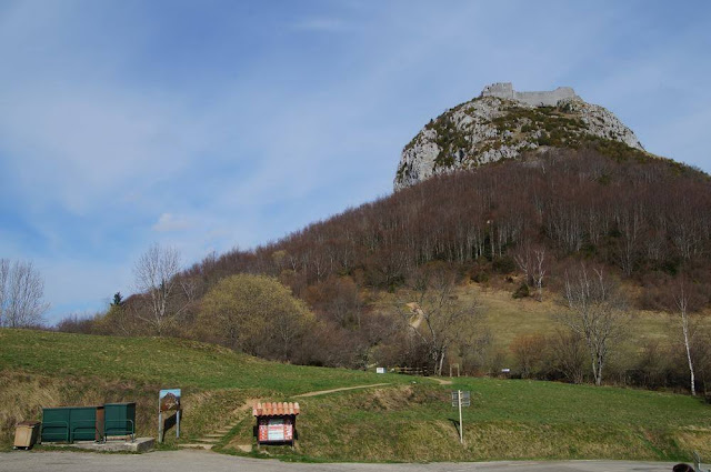 castillo de Montsegur camino acceso