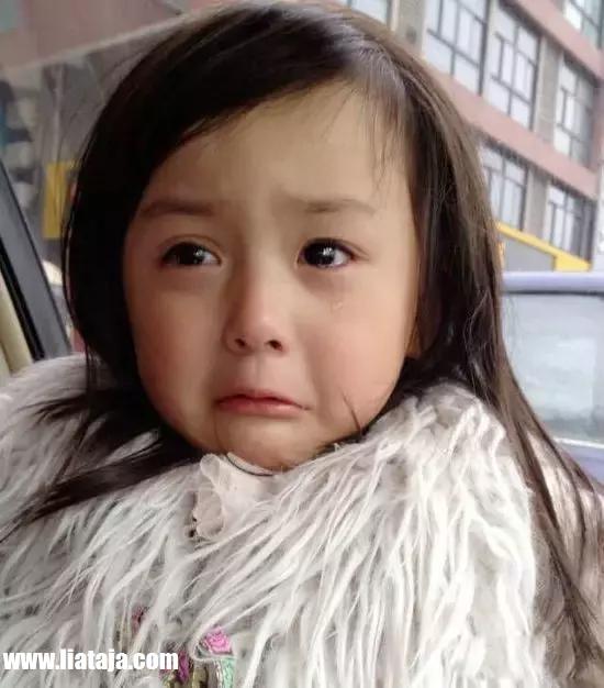 Foto Anak Gadis Kecil Loli Tercantik dan Terimut - liataja.com