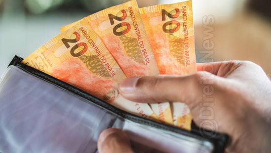 juiza financeira cliente reducao salarial pandemia