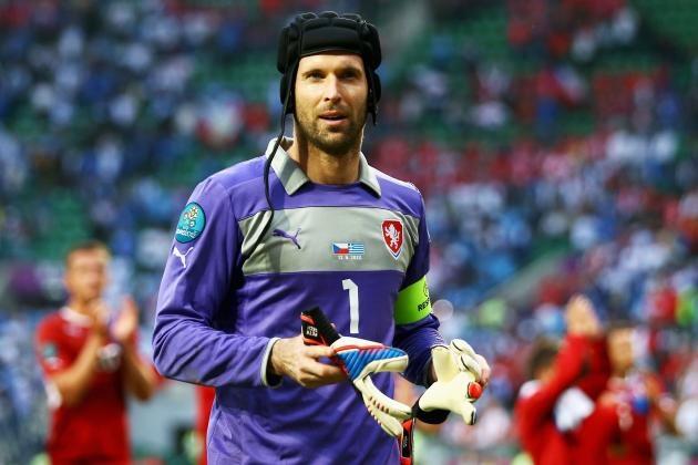 Cech retires from international football