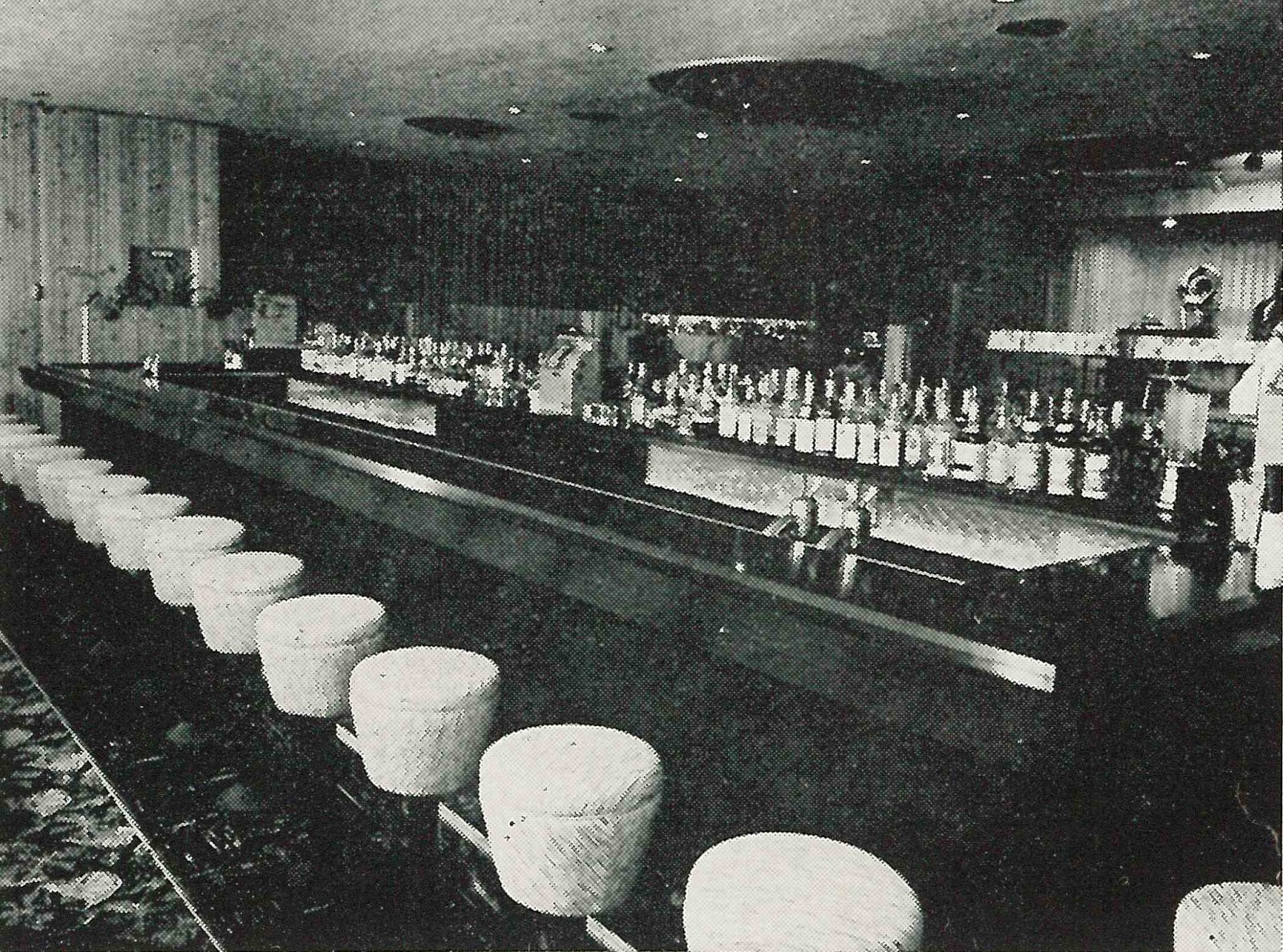 Colfax Avenue Red Door Restaurant And Cocktail Lounge