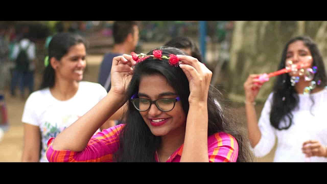 Shukriya Karu mein dil se (शुक्रिया तेरा करूँ में दिल से ) Latest Hindi Christian Song 2020 - Aleena Binu Lyrics
