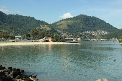 Praia do Anil