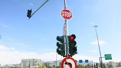 "Tεχνολογική τροχαία αστυνόμευση με τεχνητή νοημοσύνη – Φανάρι με ασύρματο ανιχνευτή παραβίασης κόκκινου σηματοδότη θα ""φωτογραφίζει"" την πιν..."