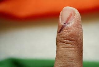 फ्रैक्चर, प्लॉस्टर और चुनाव Election