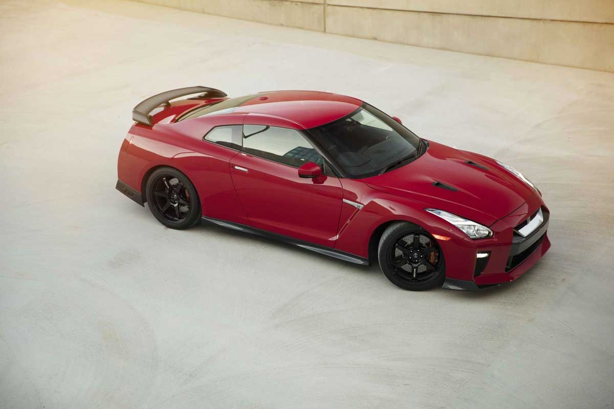 2017 Nissan GT-R Track Edition offers high levels of ...